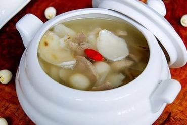 Món ăn - bài thuốc an thần từ hạt sen
