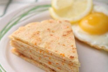 Ngon tuyệt với món bánh tôm chiên nóng hổi giòn thơm