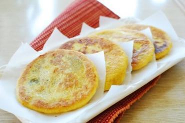 Cách Làm Bánh Hotteok Hàn Quốc Đơn Giản Cực Ngon